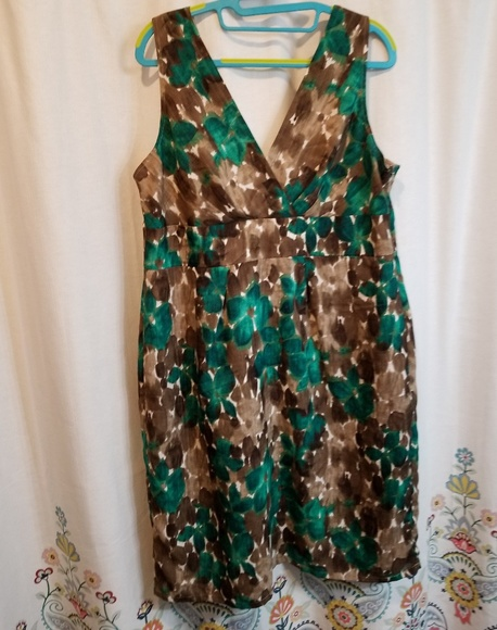 Axcess Dresses & Skirts - Axcess brown and green watercolor floral dress